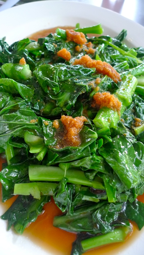 Fresh Kailan from the farm… so fresh. This is the best Kailan I ever had..