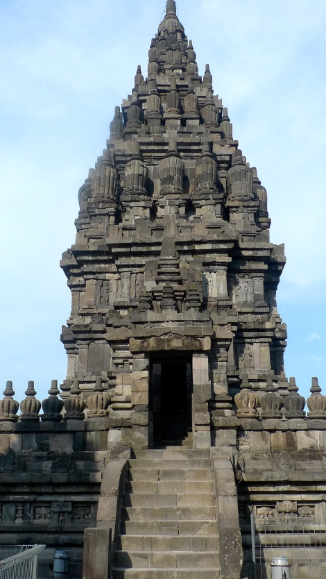 The beautiful temple…. So nice!