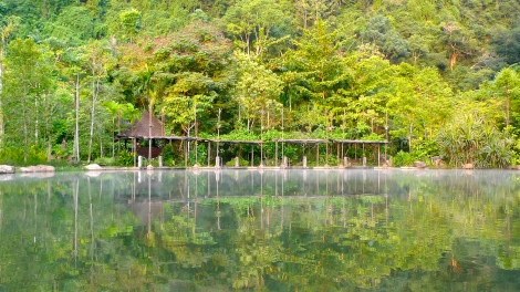 By just seating and do nothing, look at the water reflection. You are at serenity!