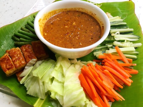 So colourful! Fresh Organic vegetables with spicy peanut sauce. So yummy!